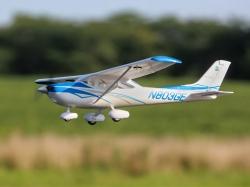 E-Flite UMX Cessna 182 Spw.635mm BNF mit SAFE-Technologie